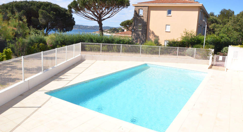 Riviera r sidences sainte maxime appartement de charme for Piscine sainte maxime