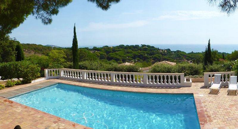 Riviera r sidences sainte maxime villa avec une for Piscine sainte maxime