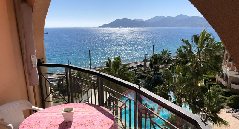 Cannes - Apartment in quiet, residential area with a nice terrace