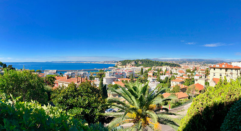 Nice - Lejlighed med smuk terrasse og fantastisk havudsigt…