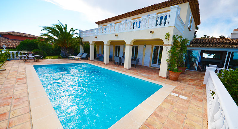 Sainte Maxime - Beautiful, provencal villa with nice sea view