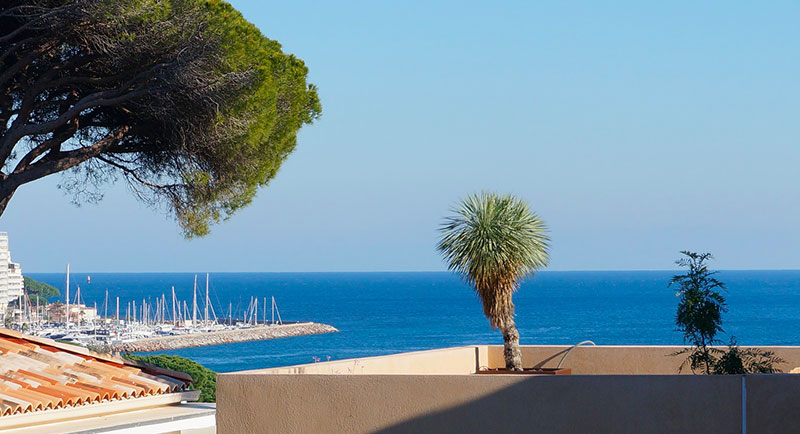 Sainte Maxime - Beautiful apartment with sea view, so close to the city center